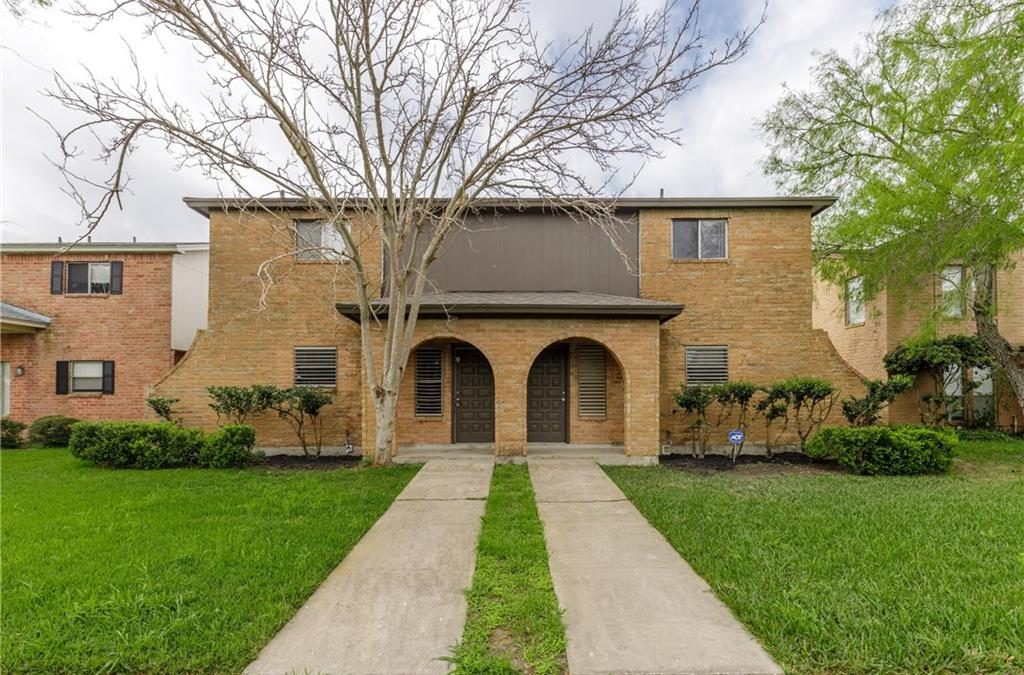 Rental Listing: Corpus Christi, 3 Bedroom, 2.5 Bathroom, 1650/month